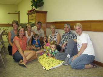 (Left to right) Jennifer Bonner, Tammy Wrobbel, Shannon Cooper, Jason Cooper with Ethan and Evan, Jan Freitag with grandchildren Sidnee and Alex Schwarz, Mike Freitag and Sara Schwarz.